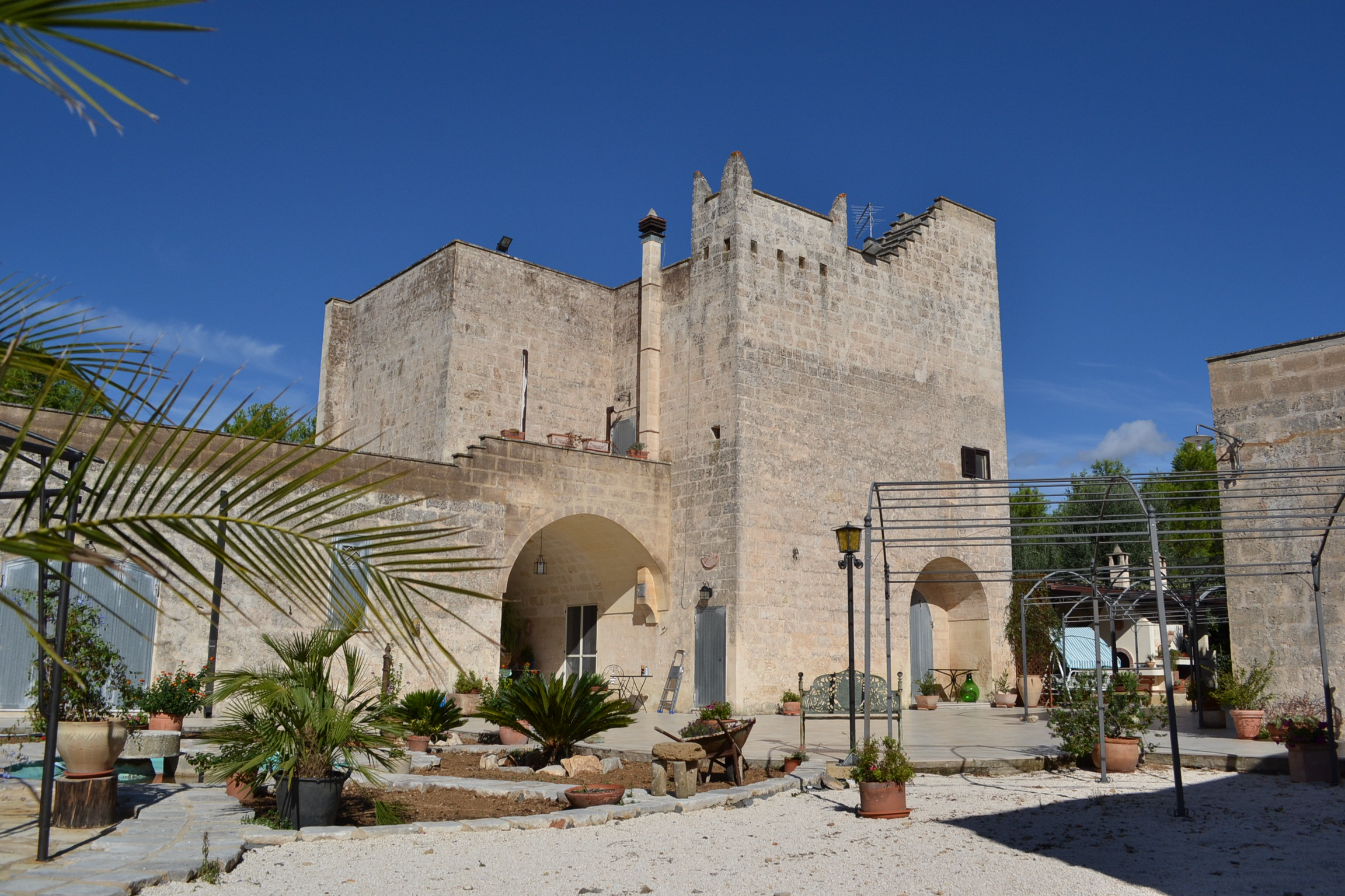 Francavilla fontana masseria del 1550 royal immobiliare di fabio sternativo - Mobilifici francavilla fontana ...