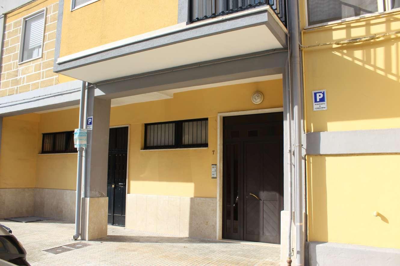(Italiano) Francavilla F.na: APPARTAMENTO 2°piano in condominio (ZONA MERCATO)
