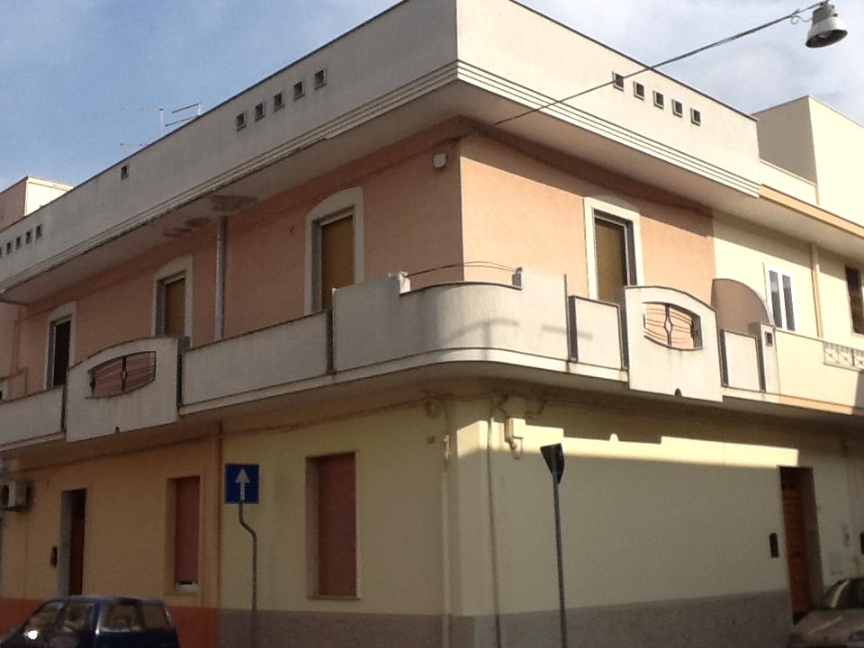 (Italiano) FRANCAVILLA FONTANA : APPARTAMENTO INDIPENDENTE 1P ZONA PIAZZA VERDI